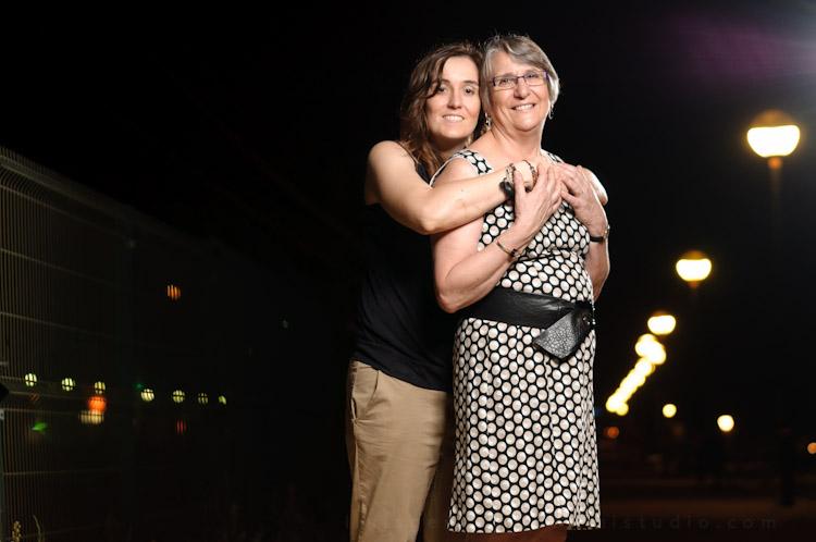 sesión strobist, madre e hija